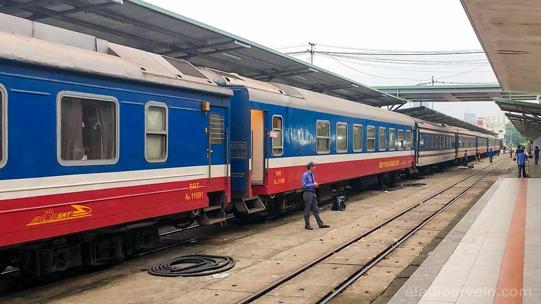 Train station in Da Nang.