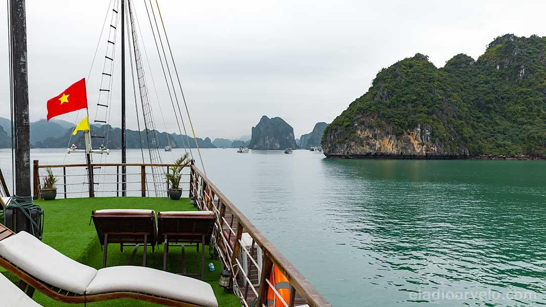 Cruising on Ha Long Bay.